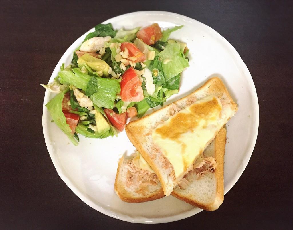 やる気がでないときのツナチーズトーストプレート2