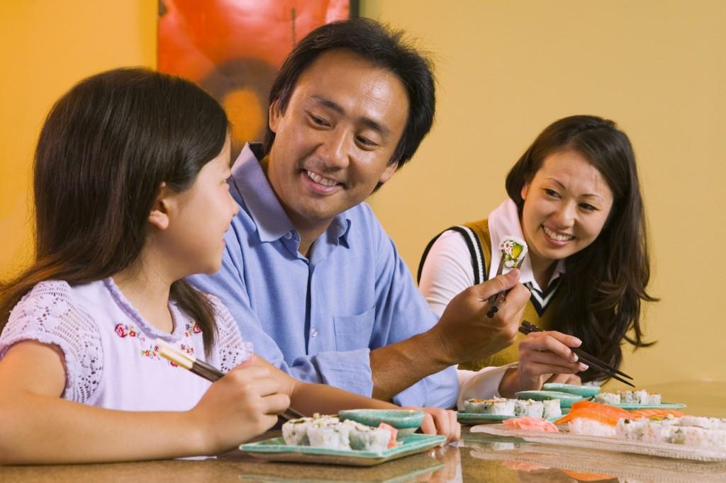 間欠性爆発性障害を改善して食事を楽しむ家族